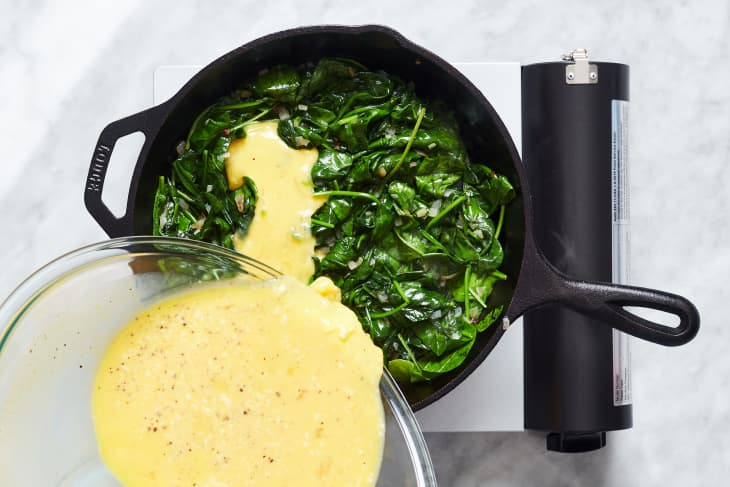 How to Make an Easy, Cheesy Spinach Frittata